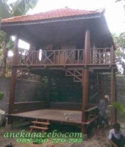 Gazebo Kayu Glugu Model Rumah Tingkat